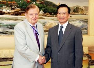 Robert Mundell and Premier Wen Jiabao